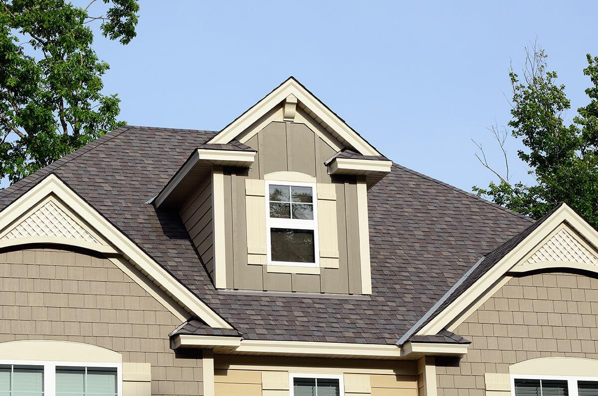Asphalt shingle roofing installed in Tulsa, Oklahoma's residential house